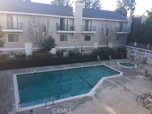 8338 Woodley Place Unit 28 North Hills, CA 91343 - MLS #: SR18033334