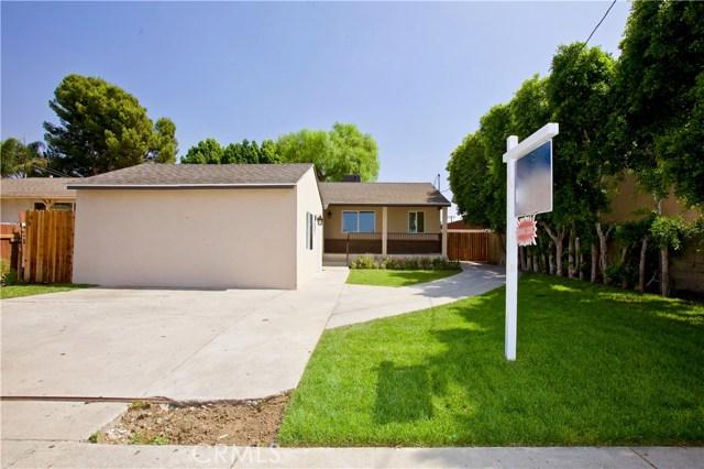 8660 Sharp Avenue, Sun Valley CA: http://media.crmls.org/mediascn/83cecb71-689f-4457-af01-08d6aefec77b.jpg