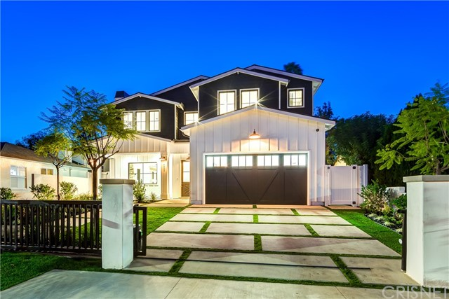 Single Family Home for Sale at 4933 Petit Avenue 4933 Petit Avenue Encino, California 91436 United States
