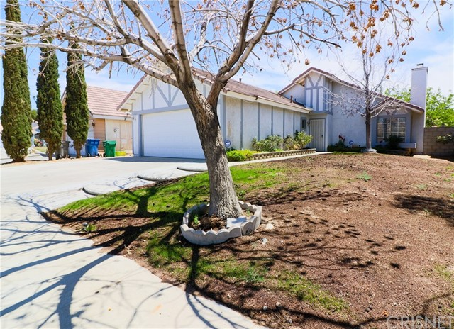 36862 Westgate Drive, Palmdale CA: http://media.crmls.org/mediascn/842adc1c-d4f9-4455-8e12-4057931bf9d0.jpg