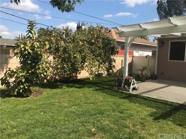 7643 Ostrom Avenue Lake Balboa, CA 91406 - MLS #: SR18046137