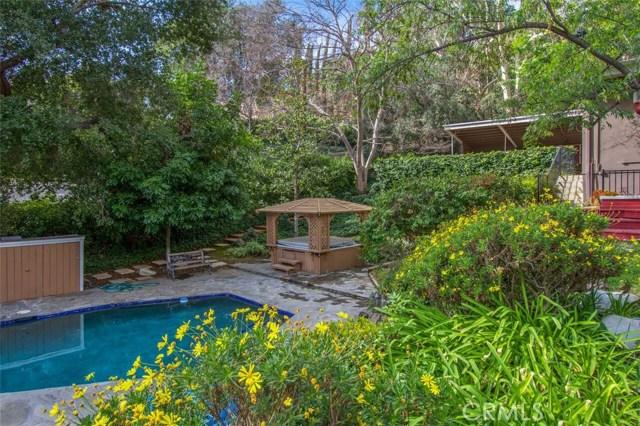 Single Family Home for Sale at 4630 Caritina Drive 4630 Caritina Drive Tarzana, California 91356 United States