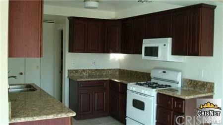 10707 Camarillo Street 317  Toluca Lake CA 91602