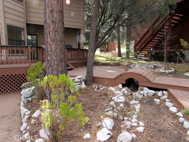 2117 Cypress Way, Pine Mtn Club CA: http://media.crmls.org/mediascn/84beda48-f7c6-4816-9627-a416298ade5e.jpg
