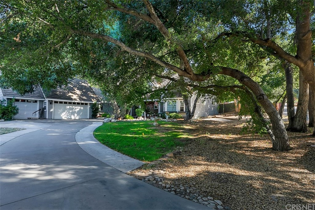 Photo of 23981 WILDWOOD CANYON ROAD, Newhall, CA 91321