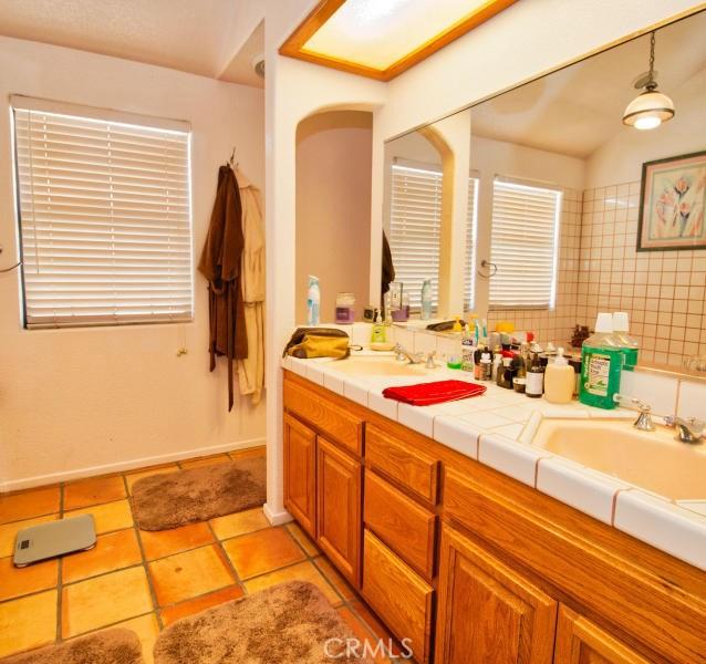 225 Taos Place Palmdale, CA 93550 - MLS #: SR18106851