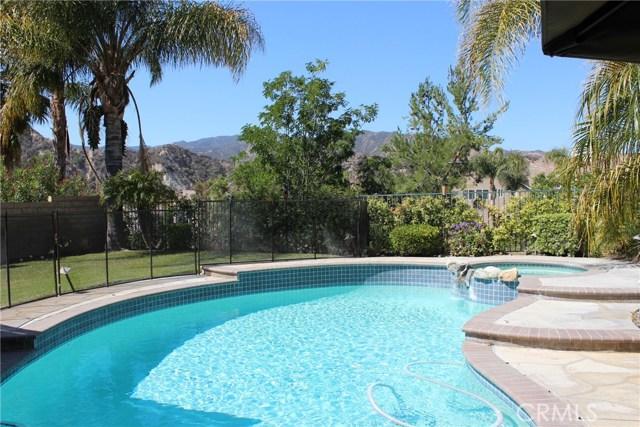 26452 Beecher Lane, Stevenson Ranch CA: http://media.crmls.org/mediascn/85c6ee83-63f7-4344-a2e7-d5923cc114b1.jpg