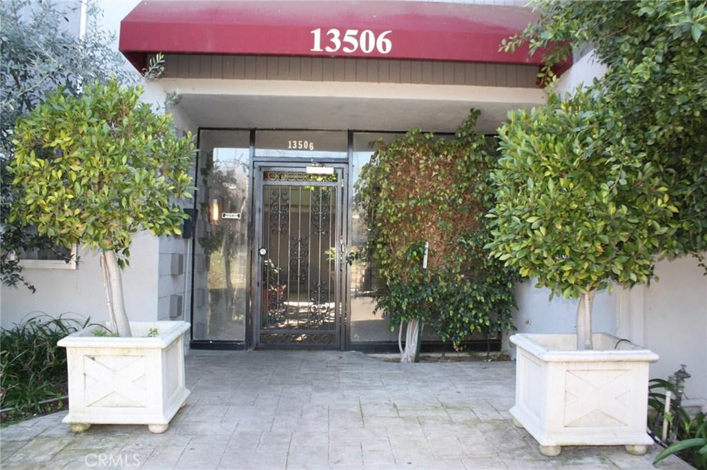 Property for sale at 13506 RYE STREET, Sherman Oaks,  CA 91423