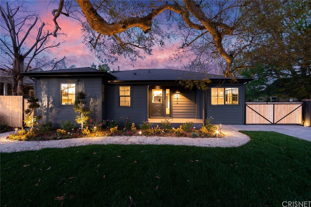 Photo of 4604 LAURELGROVE AVENUE, Studio City, CA 91604