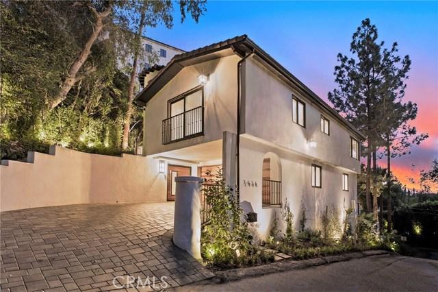 7436 Del Zuro Dr, Los Angeles, CA 90046 Photo 2