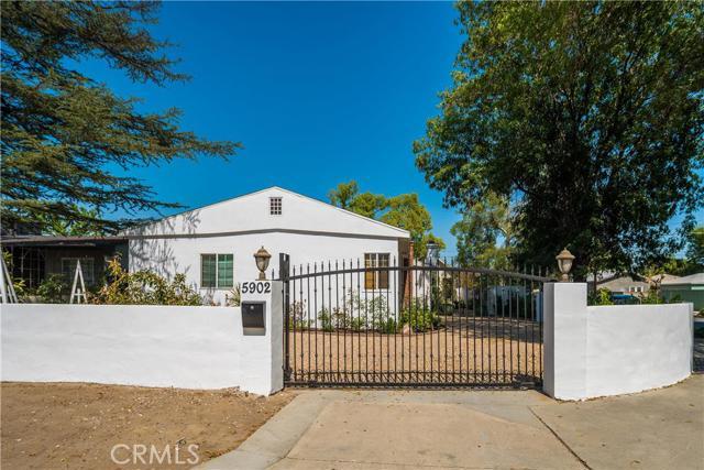 5902 Irvine Avenue, North Hollywood, CA 91601