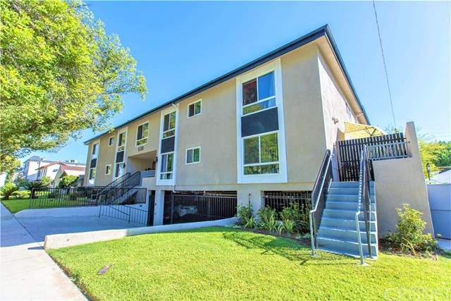 Residential Income for Sale at 530 Palm Drive 530 Palm Drive Glendale, California 91202 United States