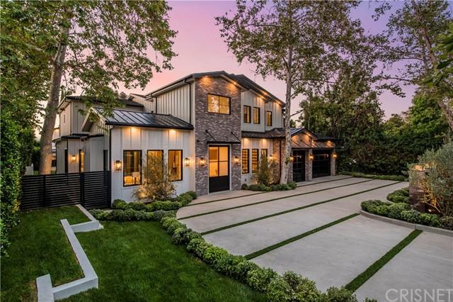 Photo of 15645 Woodvale Road, Encino, CA 91436