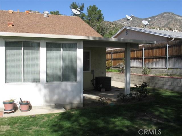 Additional photo for property listing at 13354  Aldergrove Street 13354  Aldergrove Street Sylmar, California 91342 United States