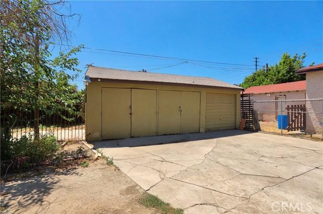 10550 Oxnard Street, North Hollywood CA: http://media.crmls.org/mediascn/8798f133-4591-4216-9fcc-83fd8a7a465e.jpg
