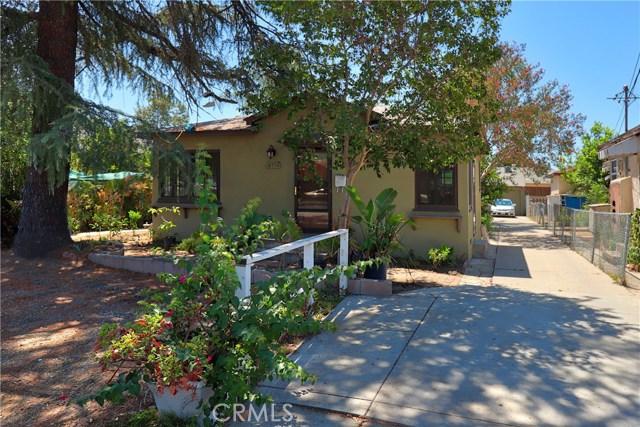 10550 Oxnard Street, North Hollywood CA: http://media.crmls.org/mediascn/87c9d90d-0cc7-4ebd-9b63-85ec15a53ecb.jpg