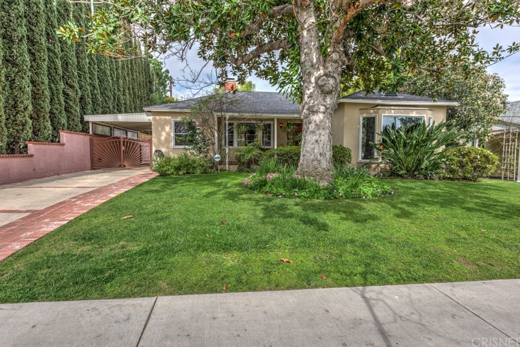 11627 Addison Street, Valley Village, CA 91601