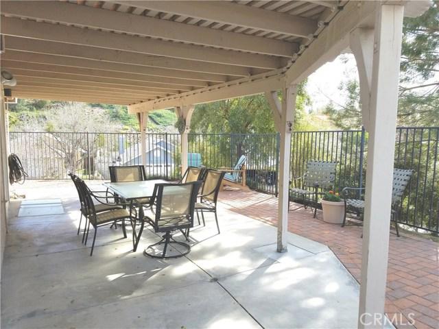 22702 Pear Court Saugus, CA 91390 - MLS #: SR18020157