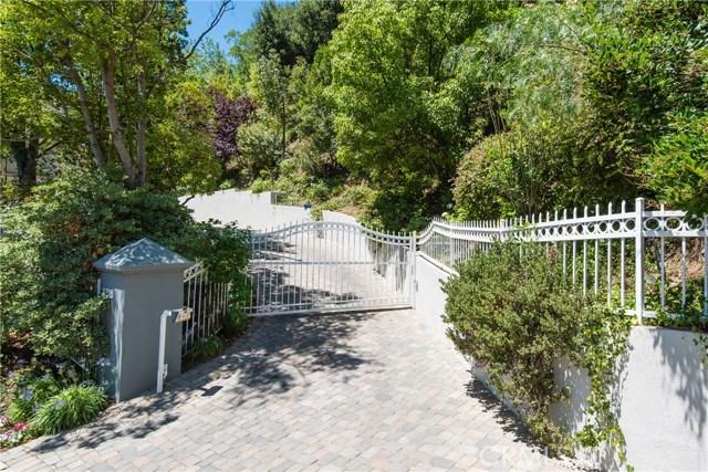 7718 Skyhill Drive, Hollywood Hills, CA 90068
