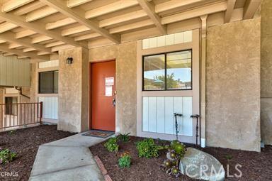 1745 Los Feliz Drive, Thousand Oaks CA: http://media.crmls.org/mediascn/880e654a-8af5-4eb5-837b-6891fd4b0b8f.jpg
