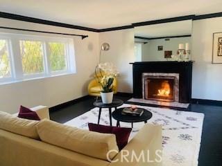 4329 Agnes Avenue, Studio City CA: http://media.crmls.org/mediascn/8914d863-a9fe-46ec-82ac-4a639ef85227.jpg
