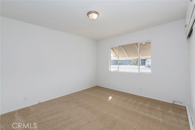 1415 E Appleton Street, Long Beach CA: http://media.crmls.org/mediascn/89459cfb-8616-47cb-ac73-c32dfc2af7e9.jpg