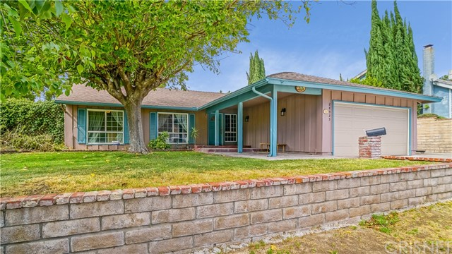28925 Lotusgarden Drive, Canyon Country CA 91387