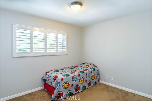 18638 Ludlow Street, Northridge CA: http://media.crmls.org/mediascn/89898037-d801-4137-9d3f-cd503e91f152.jpg