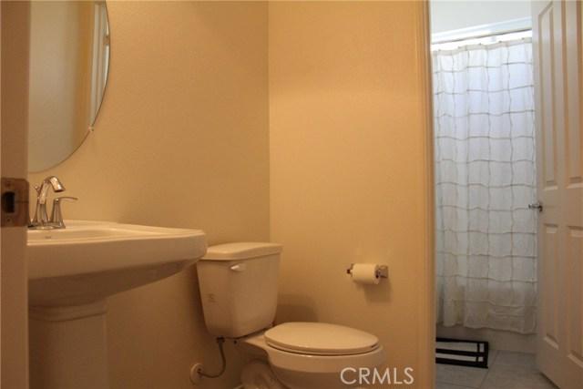 43942 Windrose Place, Lancaster CA: http://media.crmls.org/mediascn/89b092b9-31f6-4ebe-aaec-3505f6052f27.jpg