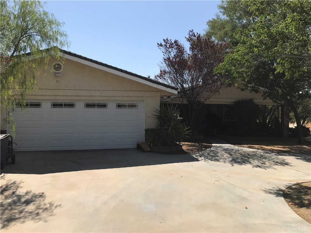 32520 WILLOW Lane, Agua Dulce, CA 91390