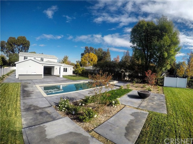 Single Family Home for Sale at 22938 Hatteras Street Woodland Hills, California 91367 United States