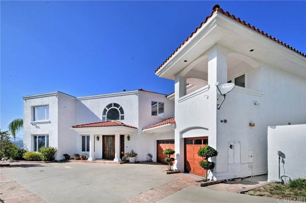 Photo of 21610 MEDINA ESTATES DRIVE, Woodland Hills, CA 91364