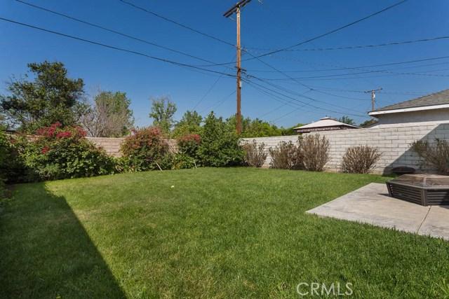 1922 7th Street, San Fernando CA: http://media.crmls.org/mediascn/8a04c3fa-1417-4324-9004-0da653bd4d8c.jpg
