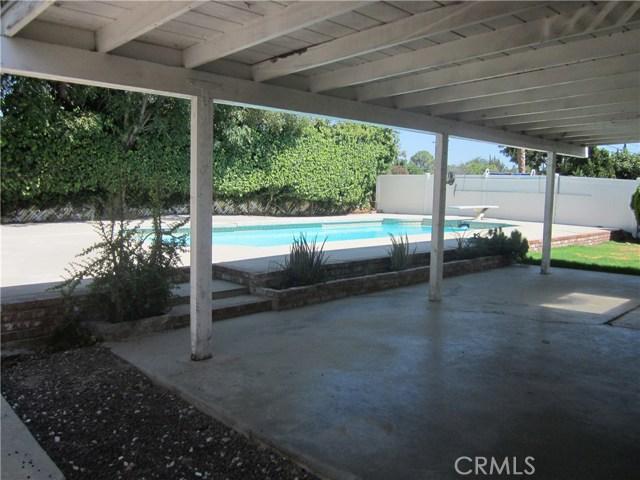 6624 Gross Avenue, West Hills CA: http://media.crmls.org/mediascn/8abf78b7-edb2-48a1-8cfe-4e3f38dd3996.jpg
