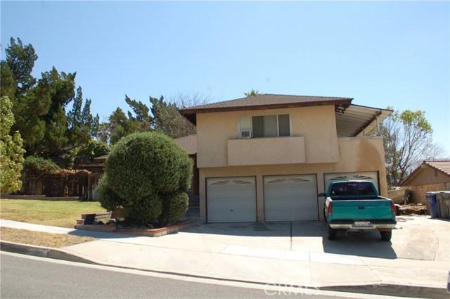 28030 Deep Creek Drive, Canyon Country CA 91387