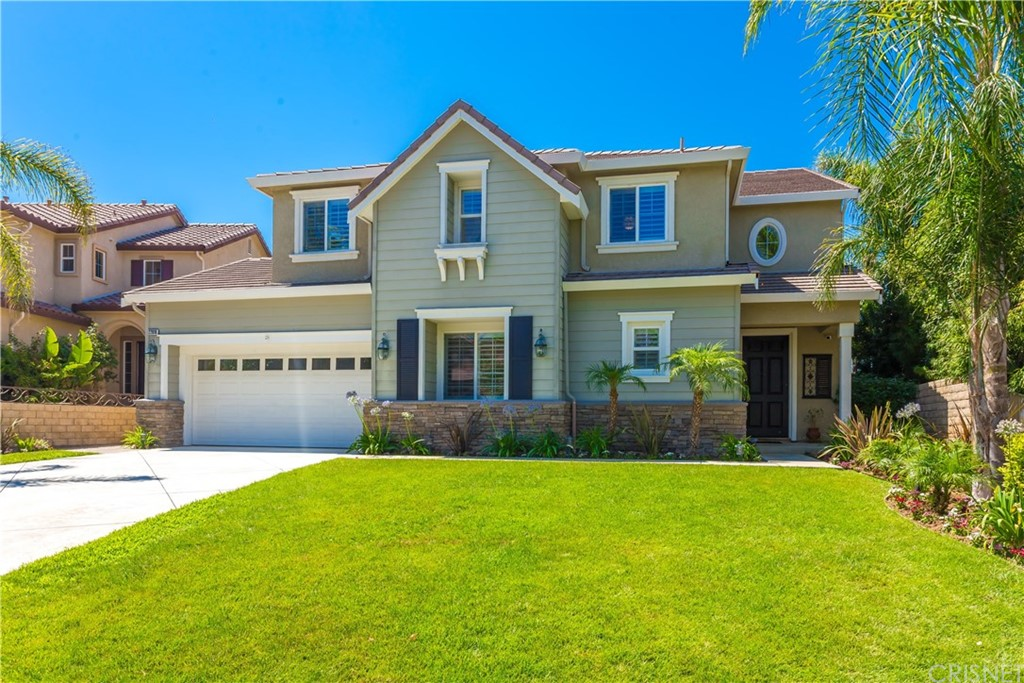 Property for sale at 22018 Sunrise View Place, Saugus,  CA 91390
