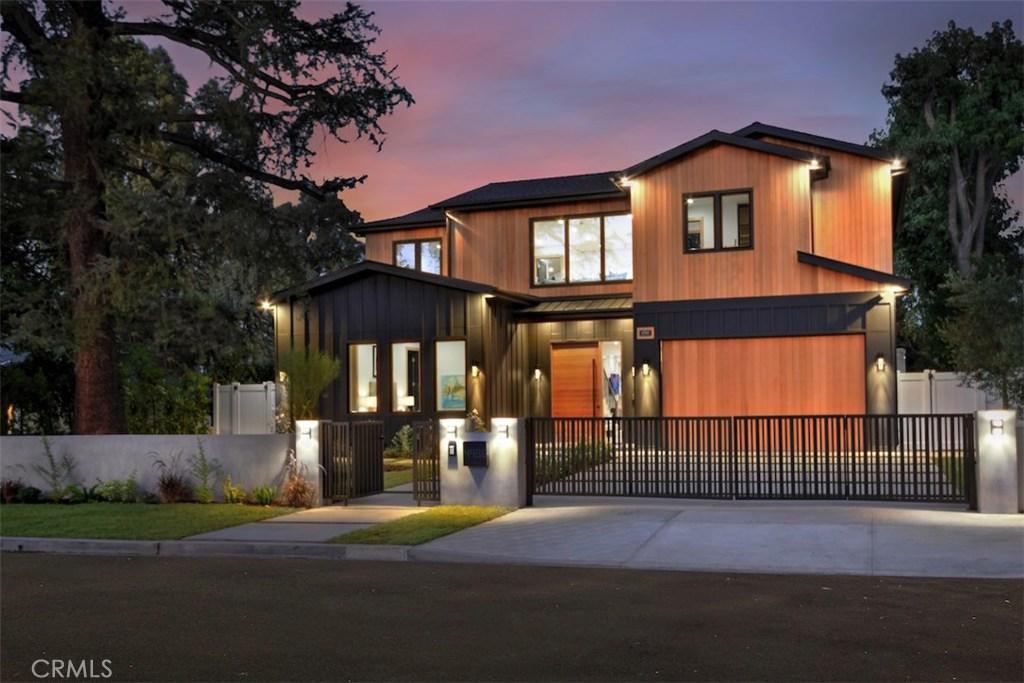 Photo of 4988 NOELINE AVENUE, Encino, CA 91436