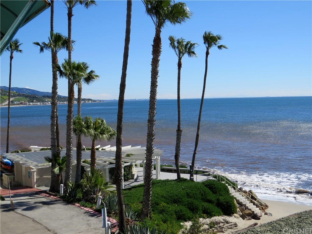 Photo of 26668 SEAGULL WAY #D203, Malibu, CA 90265