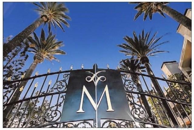 5525 Canoga Avenue, Woodland Hills CA: http://media.crmls.org/mediascn/8bd64a6f-41f4-4118-aacb-4cf0e51d2119.jpg