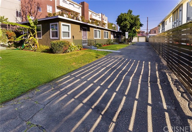 10941 Bloomfield St, North Hollywood, CA 91602 Photo