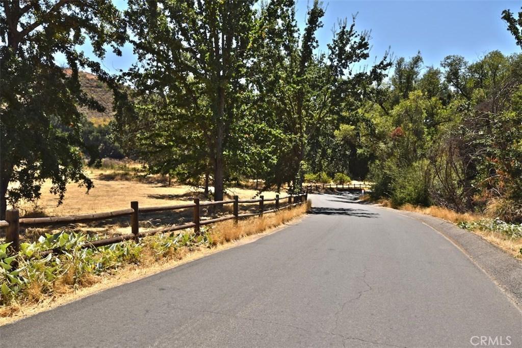 6144 CHESEBRO, AGOURA HILLS, CA 91301  Photo 3