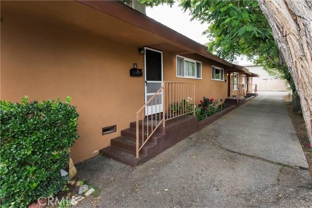 22834 15th Street, Newhall CA: http://media.crmls.org/mediascn/8c3c2e1f-163b-48f4-8b70-6b762339a56e.jpg