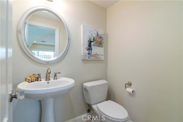 11636 Amigo Avenue, Porter Ranch CA: http://media.crmls.org/mediascn/8c564624-b8a2-48f7-b7d0-7956f0088db7.jpg