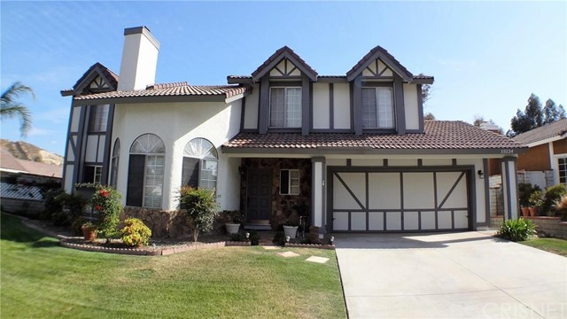 Property for sale at 15134 Lotusgarden Drive, Canyon Country,  CA 91387
