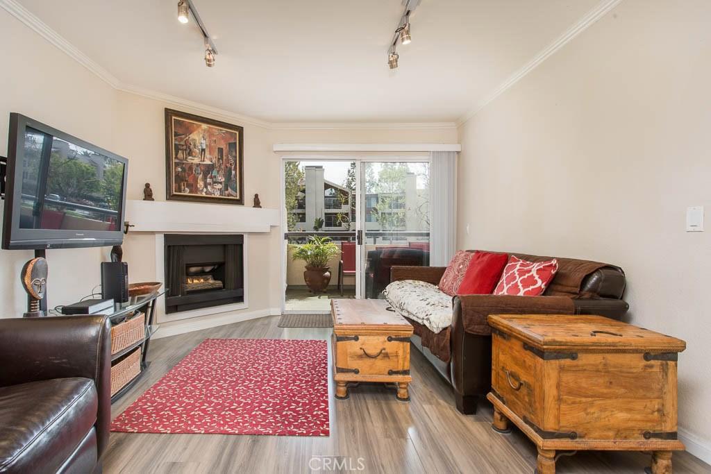 Photo of 21520 BURBANK BOULEVARD #102, Woodland Hills, CA 91367