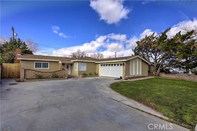 43743 Fern Avenue, Lancaster CA: http://media.crmls.org/mediascn/8cb4bf14-2111-45b3-903b-a4cfa347d9b3.jpg