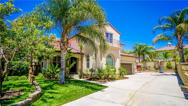 Single Family Home for Sale at 29147 Starwood Place Saugus, California 91390 United States