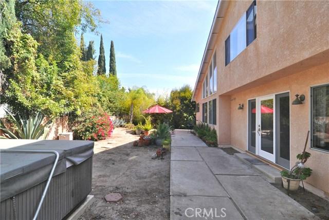 703 San Doval Place, Thousand Oaks CA: http://media.crmls.org/mediascn/8cf0e37c-5ce9-4589-b563-321c67e08581.jpg