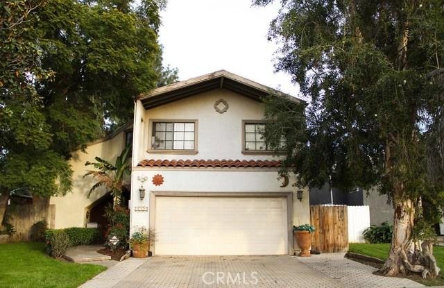 6846 Whitman Avenue, Lake Balboa, CA 91406