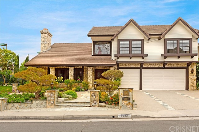 Photo of 6023 Woodland View Drive, Woodland Hills, CA 91367